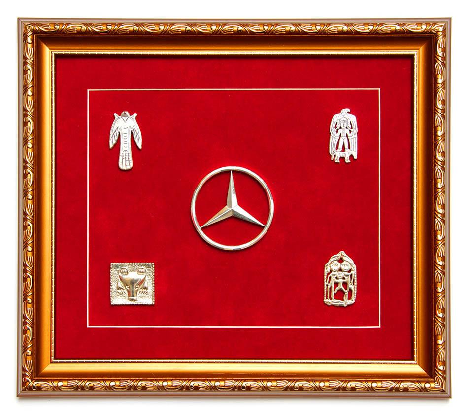 Панно для Mercedes-Benz со звериным стилем