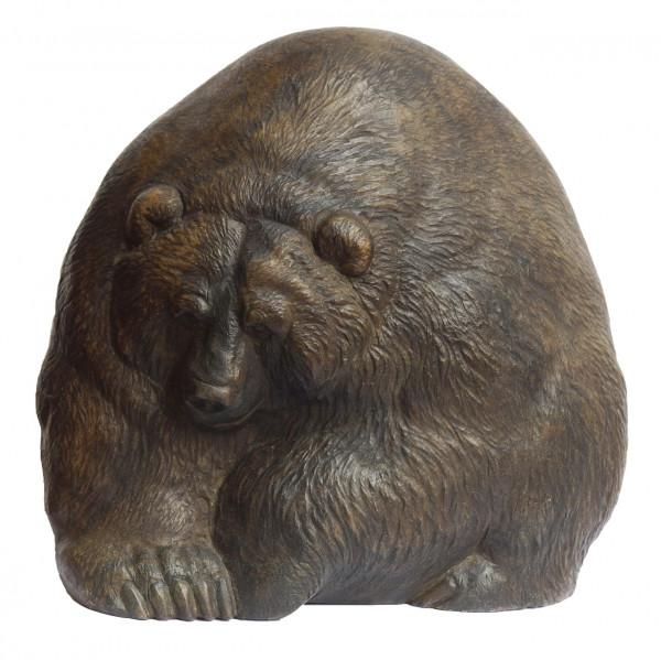 Авторская скульптура «Медведь-скала»