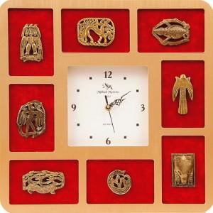 Часы с фигурками звериного стиля