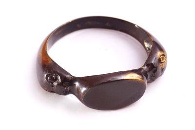Кольцо в пермском зверином стиле